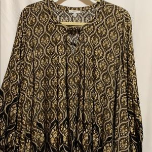 JODIFL TUNIC/ top szSM BOHO swing hi- lo blk/ than